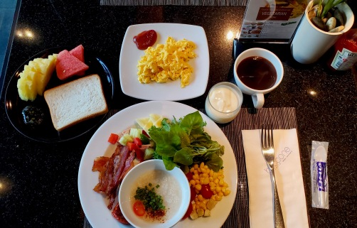 I woke up at 6-7AM every morning to eat hotel breakfast. Can you believe that my last hotel had the least exciting breakfast?