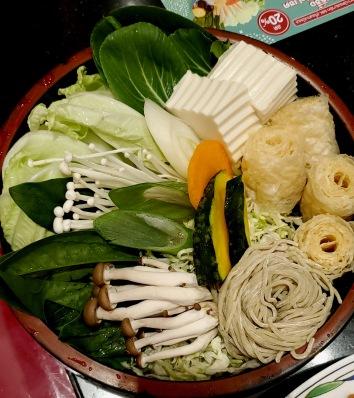 MK Hotpot: Vegetables and Noodles